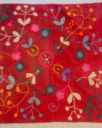 Образцы башкирской вышивки из фонда ЮЭМ